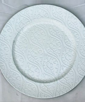 White Pattern Under Plate 32 cm BP036