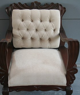 Antique Cream Wingback 063