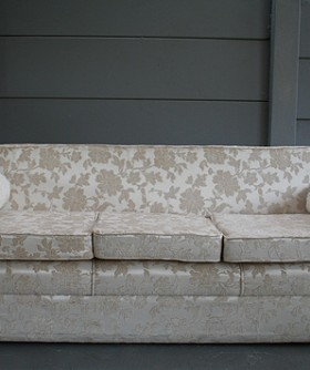 Cream Demask 3 Seater Couch 082