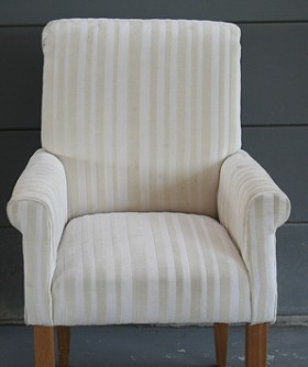 Cream Striped High Chair 070