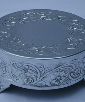 X-Small Round Silver Cake Stand 15 x 8 cm SW084